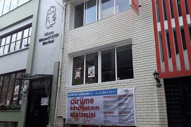 ÇÜRÜME EDEBİYATININ ANATOMİSİ NHKM Edebiyat Günleri, İzmir'de başlıyor